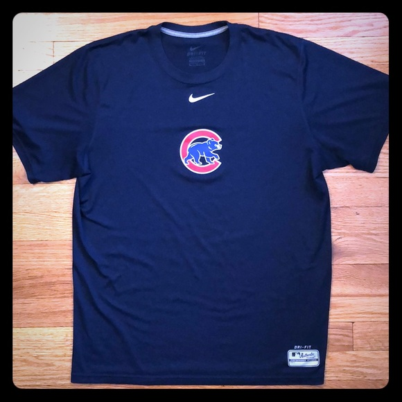 uk availability 6fa9d 17a61 Nike Men's Dri-Fit Chicago Cubs shirt